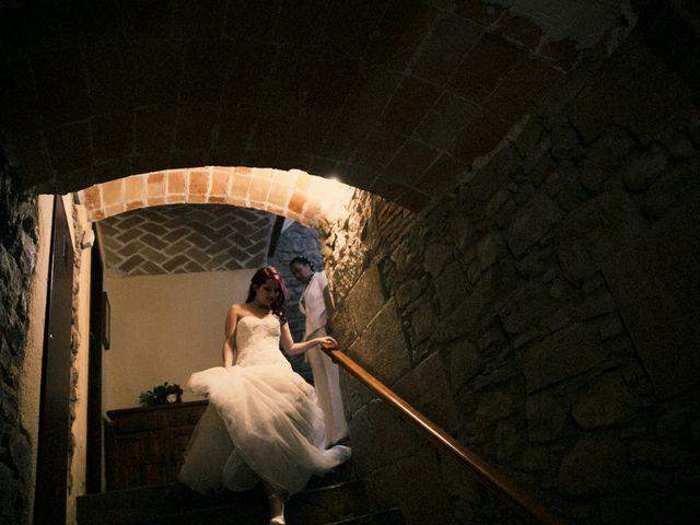 La boda de Ana y Noemí en El Pont De Vilumara I Rocafort, Barcelona 49