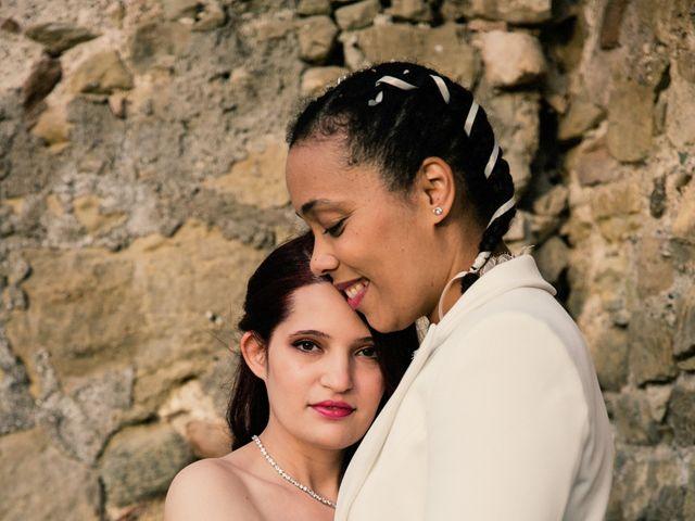 La boda de Ana y Noemí en El Pont De Vilumara I Rocafort, Barcelona 52