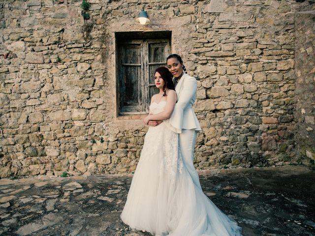 La boda de Ana y Noemí en El Pont De Vilumara I Rocafort, Barcelona 55