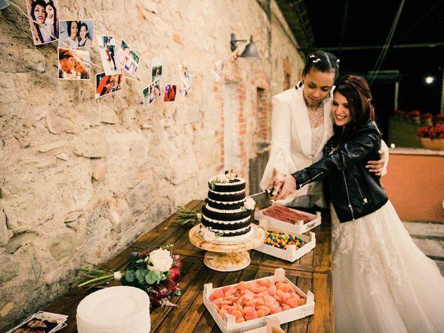 La boda de Ana y Noemí en El Pont De Vilumara I Rocafort, Barcelona 77