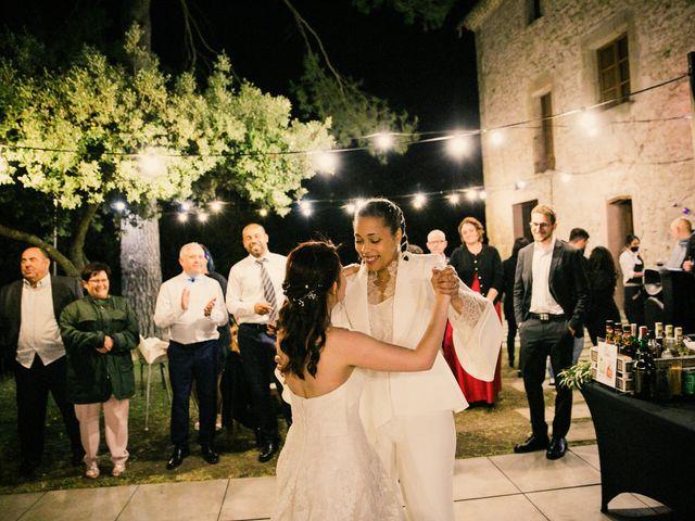 La boda de Ana y Noemí en El Pont De Vilumara I Rocafort, Barcelona 81