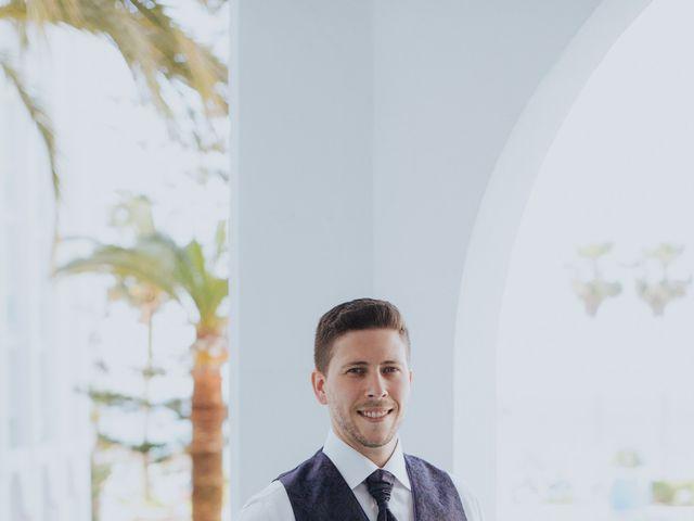La boda de Deby y Rafa en Nerja, Málaga 8
