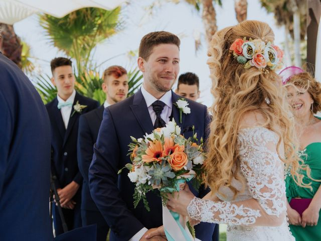 La boda de Deby y Rafa en Nerja, Málaga 10
