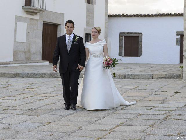 La boda de Javi y Ana en Cáceres, Cáceres 33