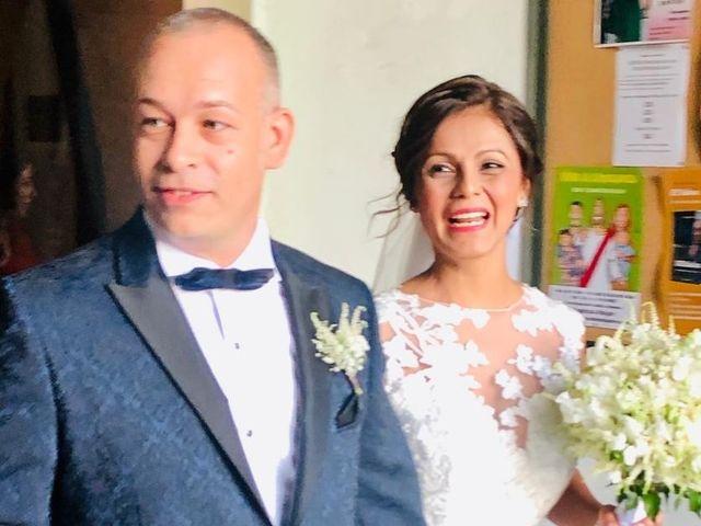 La boda de José Luis y Shirley  en Santa Coloma De Gramenet, Barcelona 12
