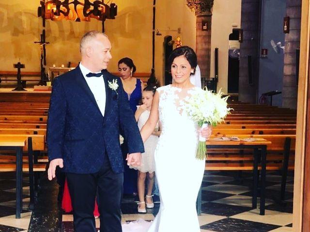 La boda de José Luis y Shirley  en Santa Coloma De Gramenet, Barcelona 14