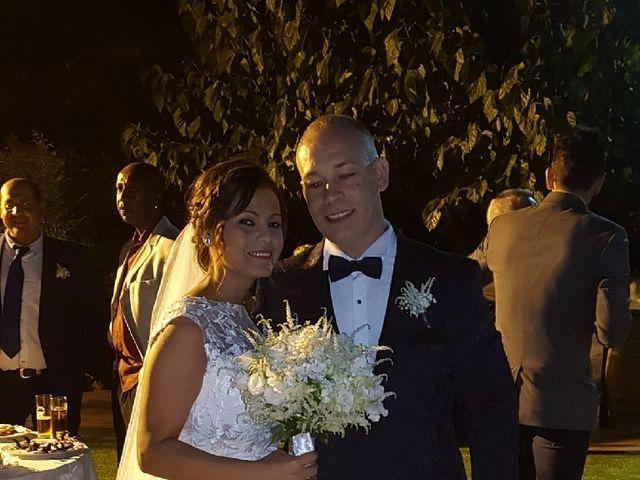 La boda de José Luis y Shirley  en Santa Coloma De Gramenet, Barcelona 15