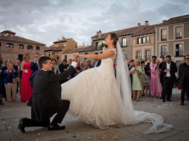 La boda de Carlos y Isabel en Segovia, Segovia 19