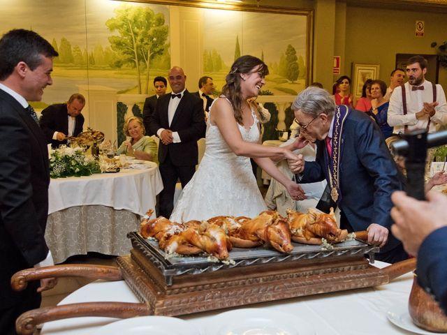 La boda de Carlos y Isabel en Segovia, Segovia 32