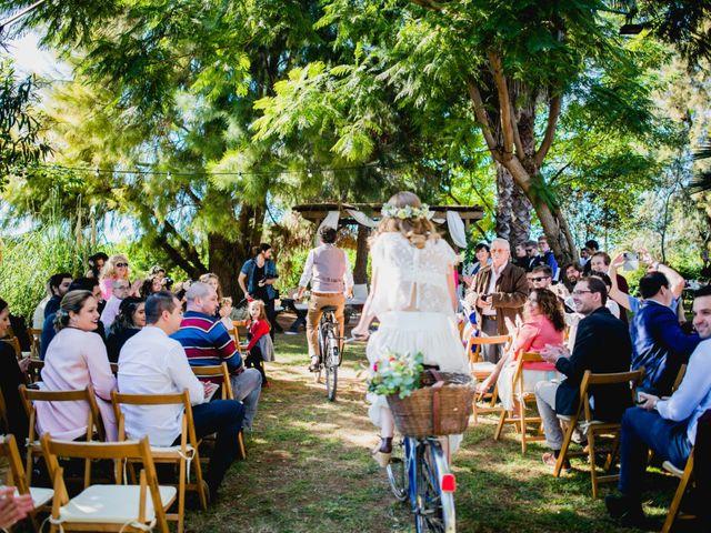 La boda de Julio y Laurence en Valencia, Valencia 23