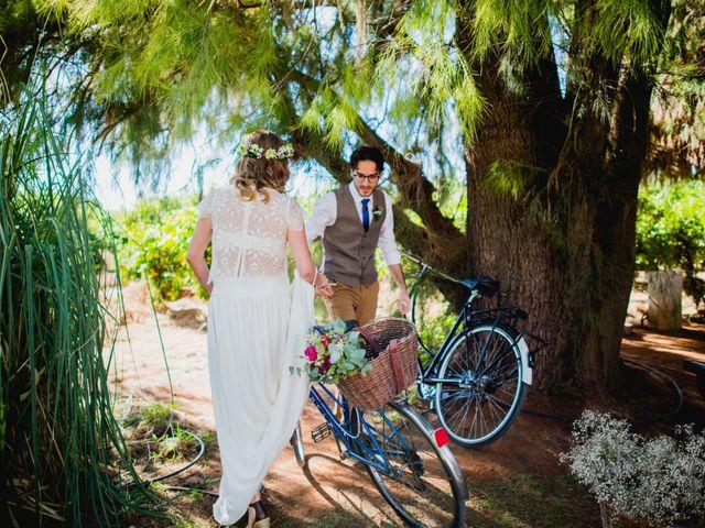 La boda de Julio y Laurence en Valencia, Valencia 25