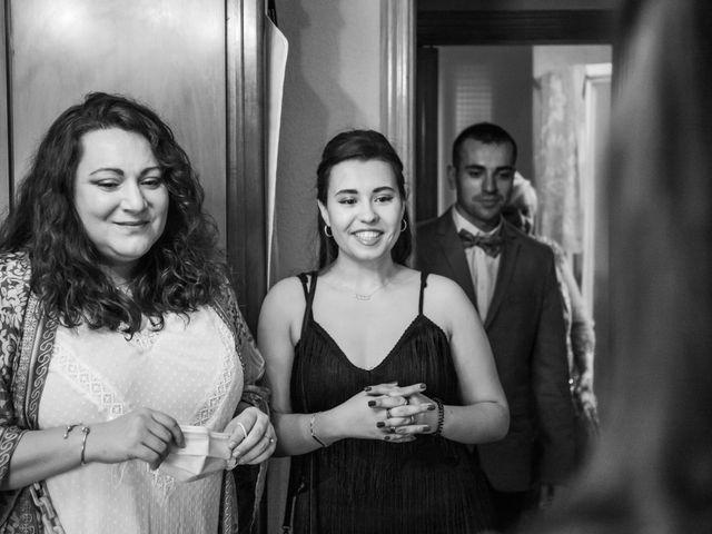 La boda de Carlos y Yenifer en Torrejon De La Calzada, Madrid 15