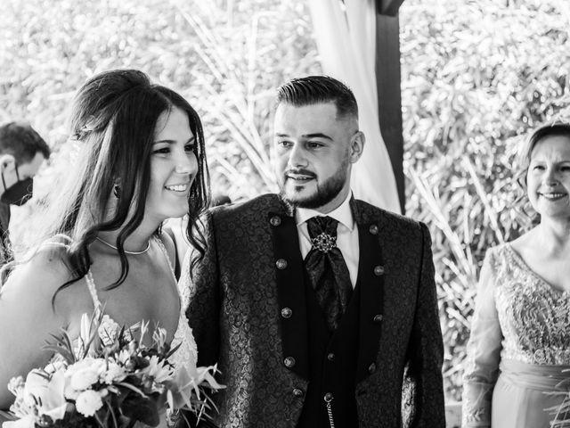 La boda de Carlos y Yenifer en Torrejon De La Calzada, Madrid 29