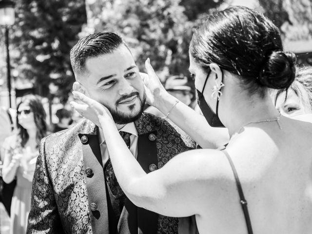 La boda de Carlos y Yenifer en Torrejon De La Calzada, Madrid 43