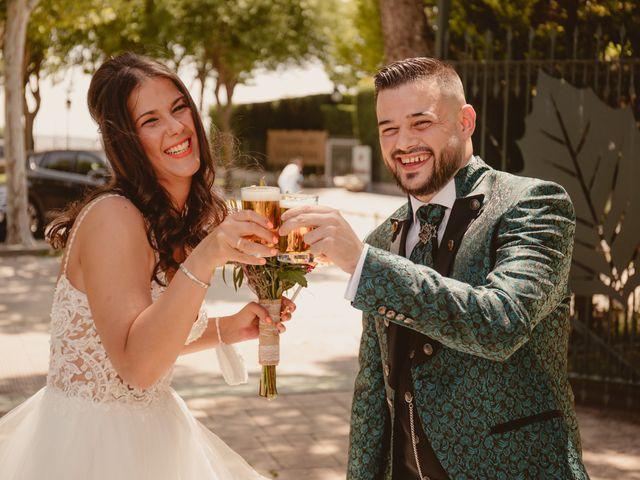 La boda de Carlos y Yenifer en Torrejon De La Calzada, Madrid 45