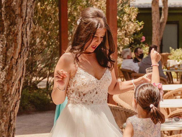 La boda de Carlos y Yenifer en Torrejon De La Calzada, Madrid 48