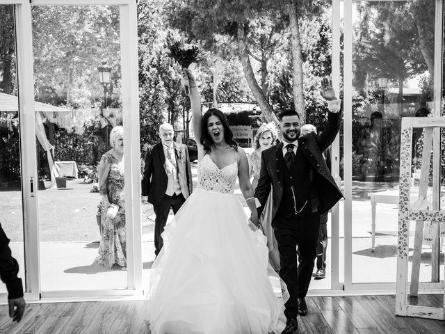 La boda de Carlos y Yenifer en Torrejon De La Calzada, Madrid 60