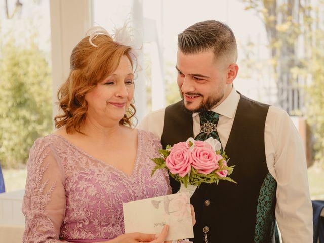 La boda de Carlos y Yenifer en Torrejon De La Calzada, Madrid 68