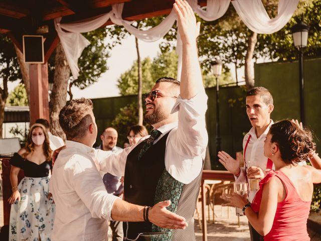 La boda de Carlos y Yenifer en Torrejon De La Calzada, Madrid 93