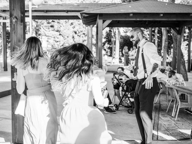 La boda de Carlos y Yenifer en Torrejon De La Calzada, Madrid 94