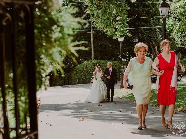 La boda de Giovanni y Eukene en Getxo, Vizcaya 53