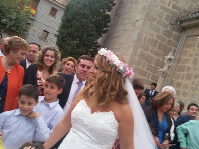 La boda de Abraham  y Sara en Galapagar, Madrid 1
