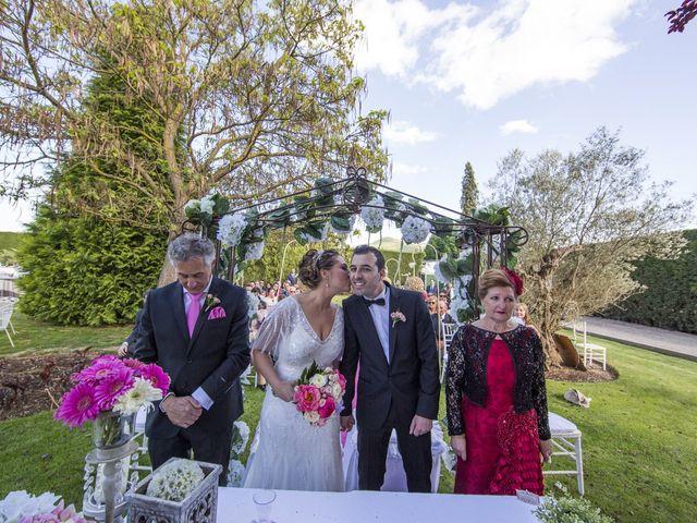 La boda de David y Virginia en San Andres De Montejos, León 23