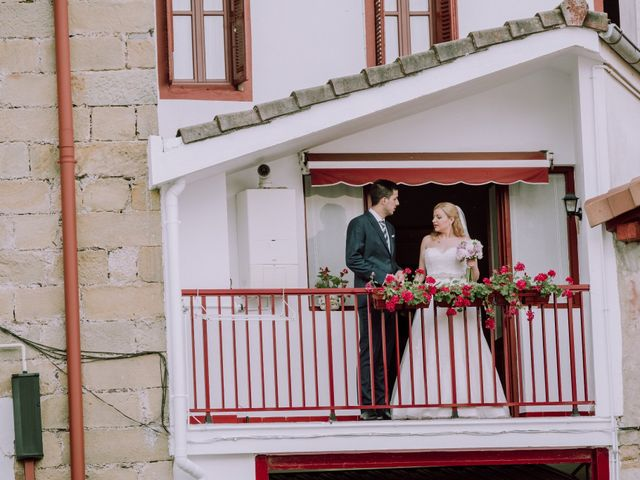 La boda de Mikel y EIder  en Usurbil, Guipúzcoa 21