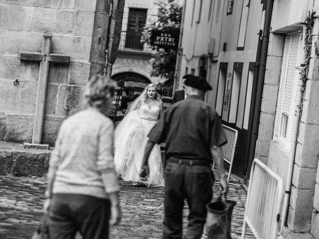 La boda de Mikel y EIder  en Usurbil, Guipúzcoa 22