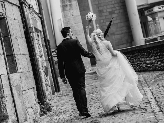La boda de Mikel y EIder  en Usurbil, Guipúzcoa 23