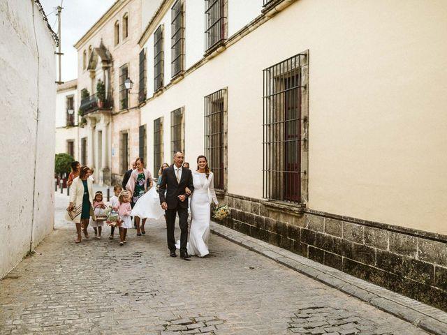 La boda de Maxime y Rebecca en Carmona, Sevilla 20