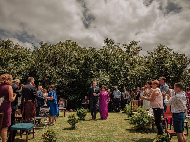 La boda de Iñaki y Saray en Quijas, Cantabria 20
