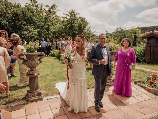 La boda de Iñaki y Saray en Quijas, Cantabria 24