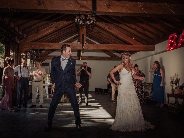La boda de Iñaki y Saray en Quijas, Cantabria 44