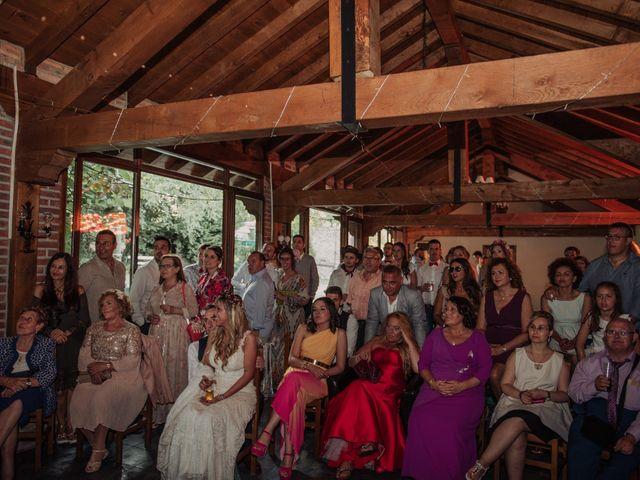 La boda de Iñaki y Saray en Quijas, Cantabria 56