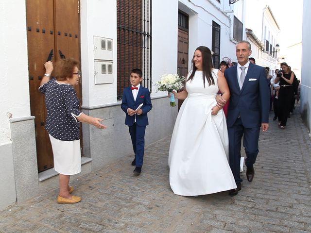 La boda de Raúl y Inma en Herrera Del Duque, Badajoz 39