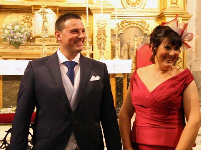 La boda de Raúl y Inma en Herrera Del Duque, Badajoz 41