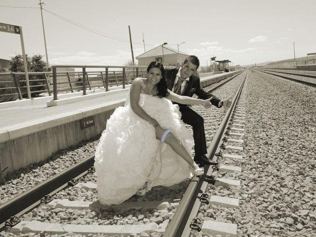 La boda de Rubén y Mary en Monreal Del Campo, Teruel 11
