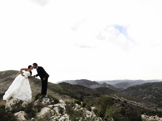La boda de Rubén y Mary en Monreal Del Campo, Teruel 17