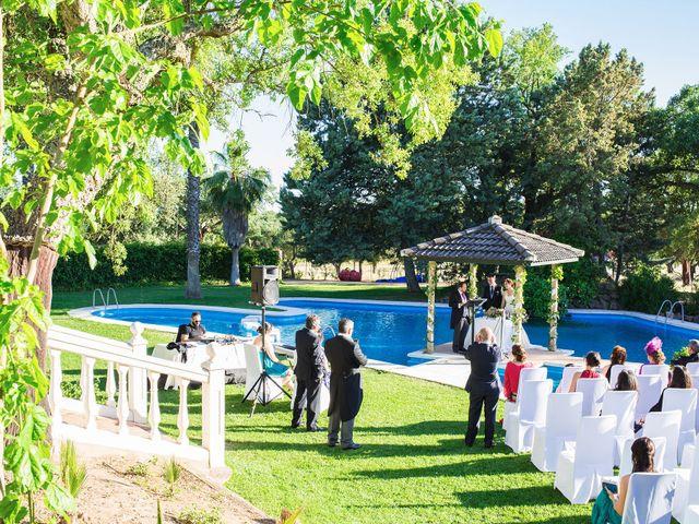 La boda de José y Laura en Badajoz, Badajoz 12