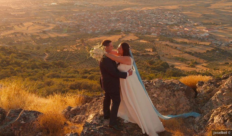 La boda de Raúl y Inma en Herrera Del Duque, Badajoz