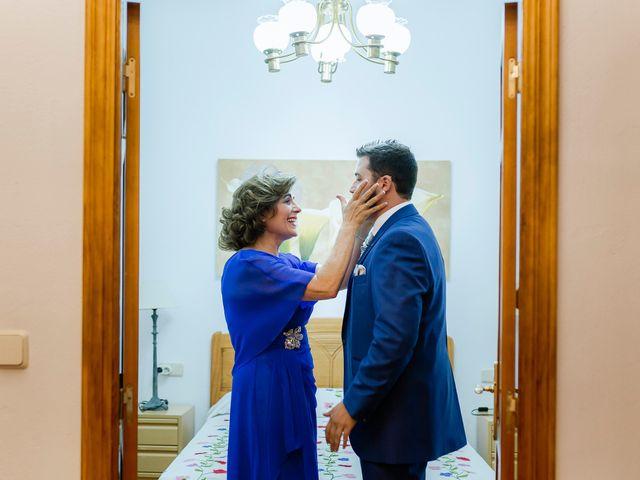 La boda de Javier y Sara en Don Benito, Badajoz 11