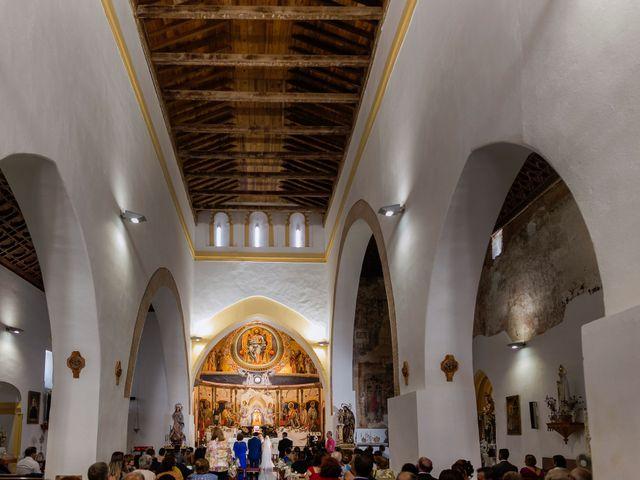 La boda de Javier y Sara en Don Benito, Badajoz 19