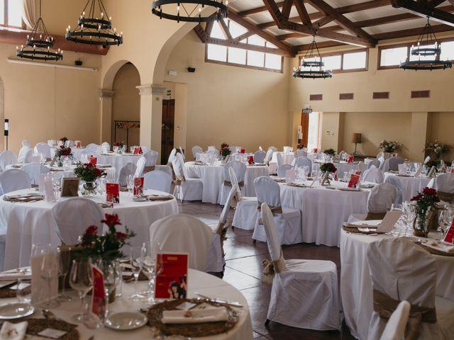 La boda de Dani y Ari en Monzon, Huesca 24