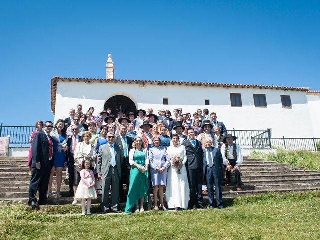 La boda de Antonio y Carmen en Santander, Cantabria 16