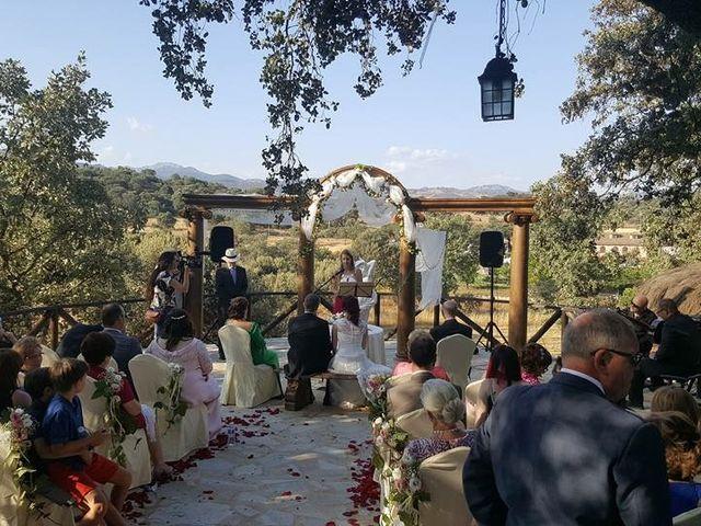La boda de Angel y Vanesa en Logrosan, Cáceres 4