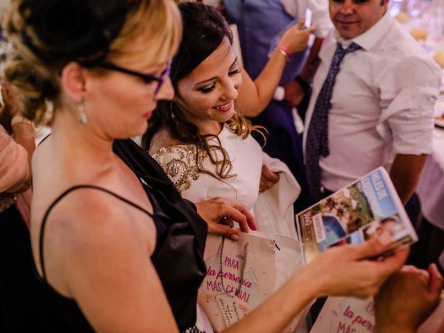 La boda de Alejandro y Beatriz en Garrovillas, Cáceres 26