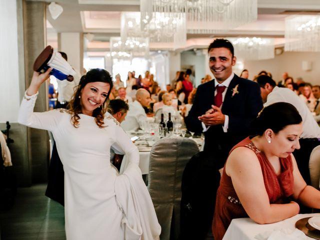 La boda de Alejandro y Beatriz en Garrovillas, Cáceres 27