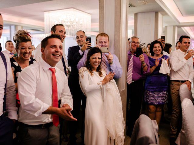 La boda de Alejandro y Beatriz en Garrovillas, Cáceres 30