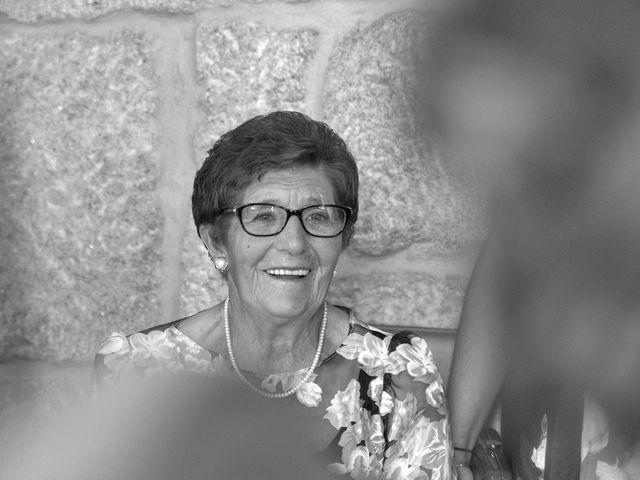 La boda de Rubén y Ángela en Vigo, Pontevedra 19
